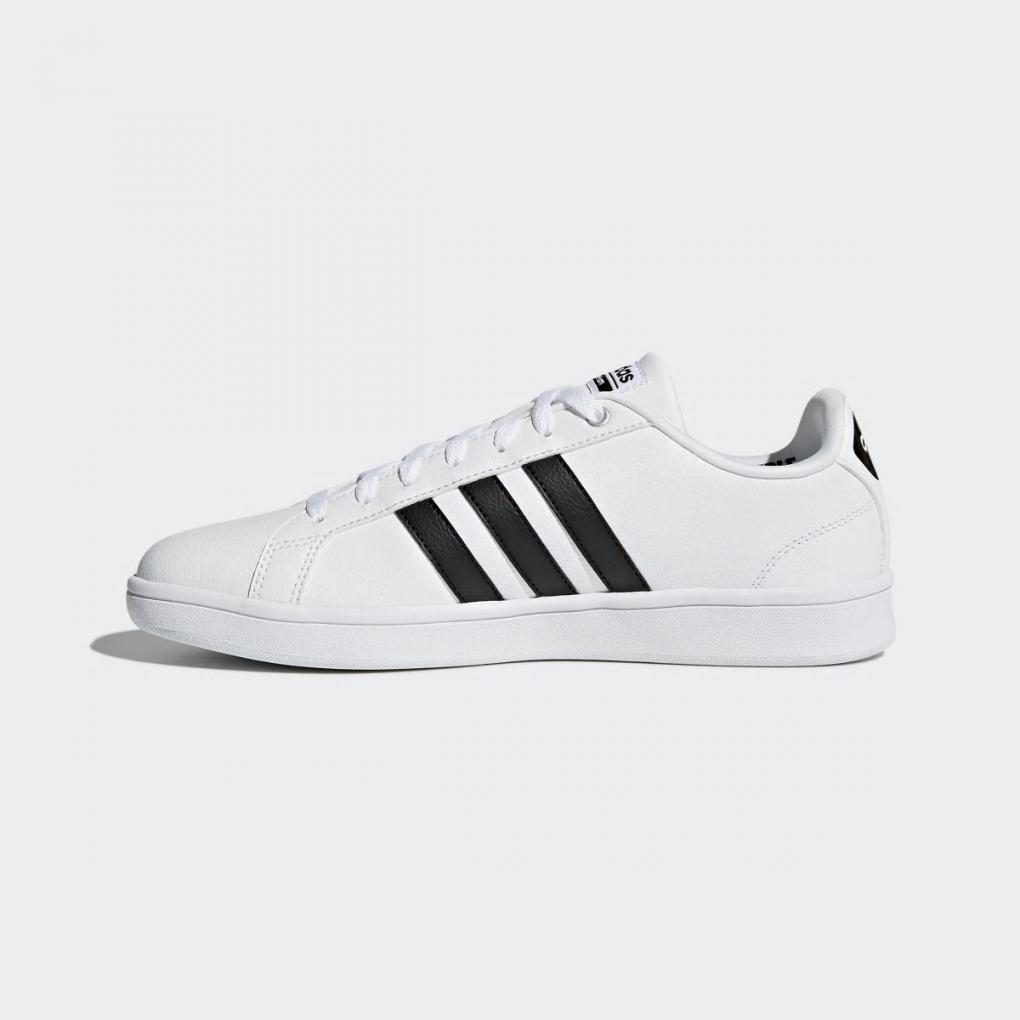 Adidas Essentials   HommeFemme Cloudfoam Advantage Blanc