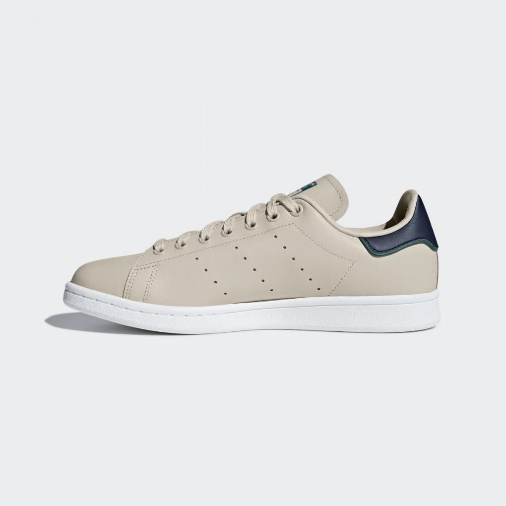 Chaussure Adidas Vans
